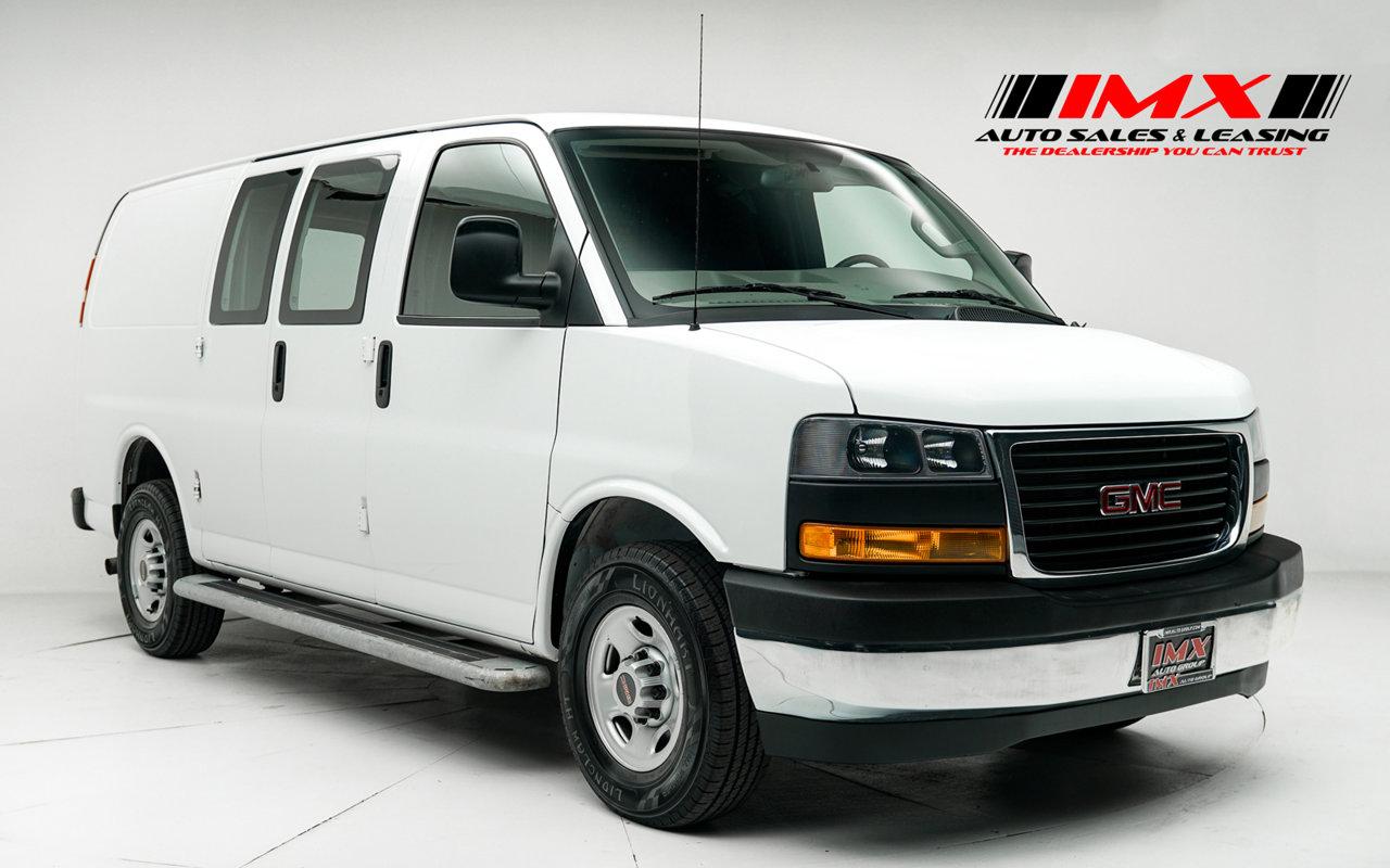 "2019 GMC Savana Cargo Van RWD 2500 135"" Gas/Ethanol V8 6.0L/364 [0]"