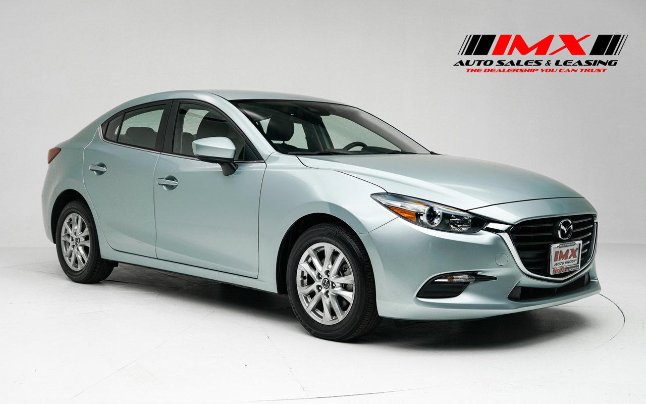 2018 Mazda 3 4-Door Sport Sport Auto Regular Unleaded I-4 2.0 L/122 [1]