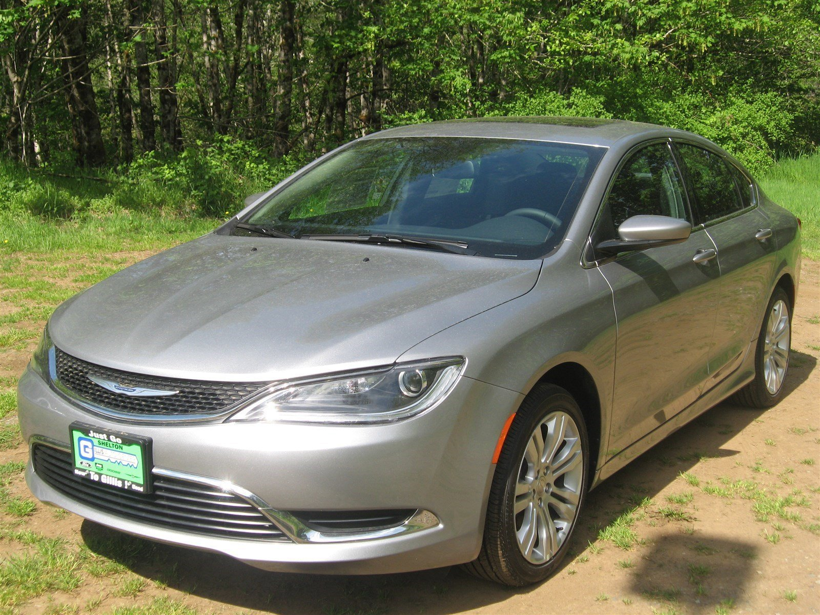 New 2016 Chrysler 200 4dr Sdn Limited FWD