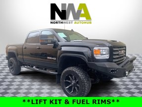 2019 GMC Sierra 2500HD LIFTED DIESEL SLT 4X4 Crew Cab Short Bed