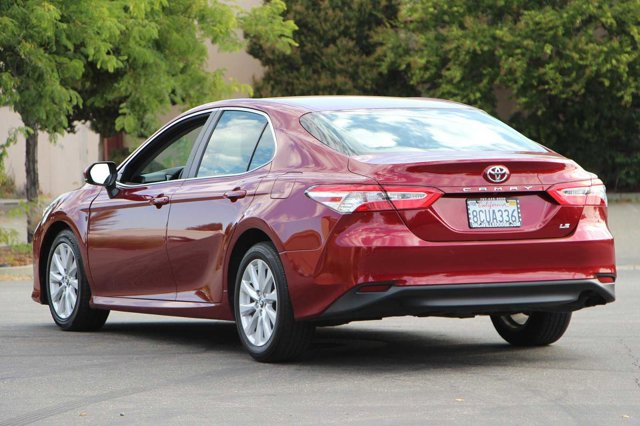 2018 Toyota Camry LE 6
