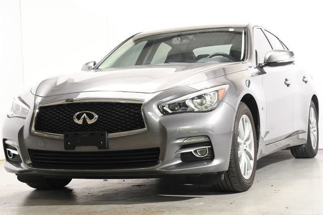 2016 INFINITI Q50 20t Premium Leather interiorLike New exterior conditionLike New interior condi