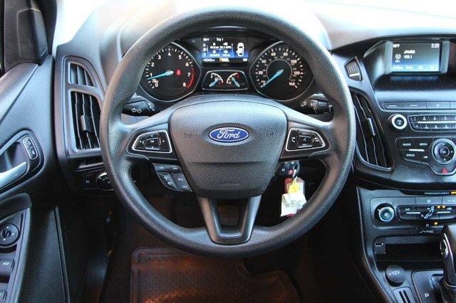2018 Ford Focus SE 15