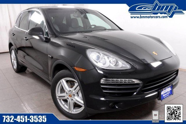 2014 Porsche Cayenne S Hybrid NATURAL OLIVE INTERIOR PACKAGE GRAB HANDLES IN YACHTING MAHOGANY FIN