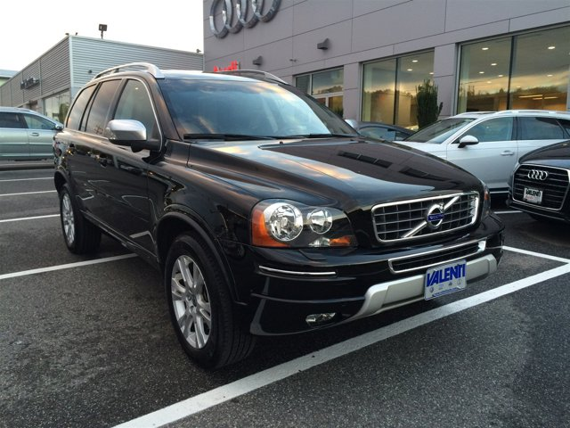 2013 Volvo XC90  CLIMATE PKG  -inc heated front seats  interior air quality sensor IAQS BLIND S