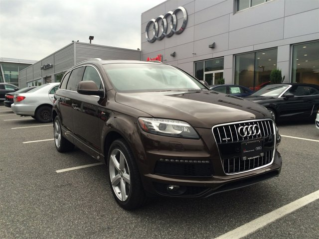 2012 Audi Q7 30T S line BLACK  LEATHER SEATING SURFACES COLD WEATHER PKG  -inc heated rear seats