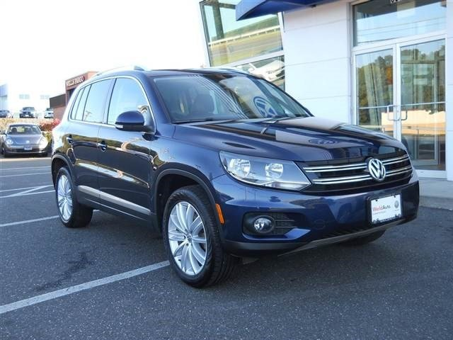 2014 Volkswagen Tiguan SEL Turbocharged All Wheel Drive Power Steering ABS 4-Wheel Disc Brakes