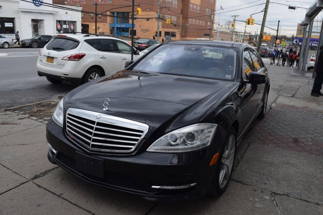 2011 Mercedes S-Class S550 Panoramic All Wheel Drive Air Suspension Active Suspension Power Stee