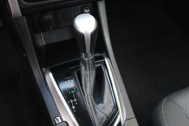 2018 Toyota Corolla LE 26