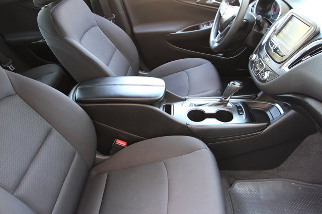 2018 Chevrolet Malibu LT 16