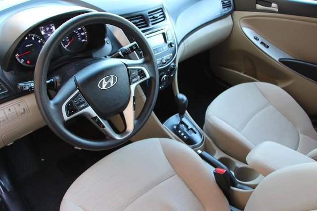 2017 Hyundai Accent Value Edition 10