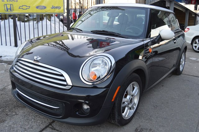 2012 MINI Cooper Hardtop  Front Wheel Drive Power Steering 4-Wheel Disc Brakes Tires - Front Per