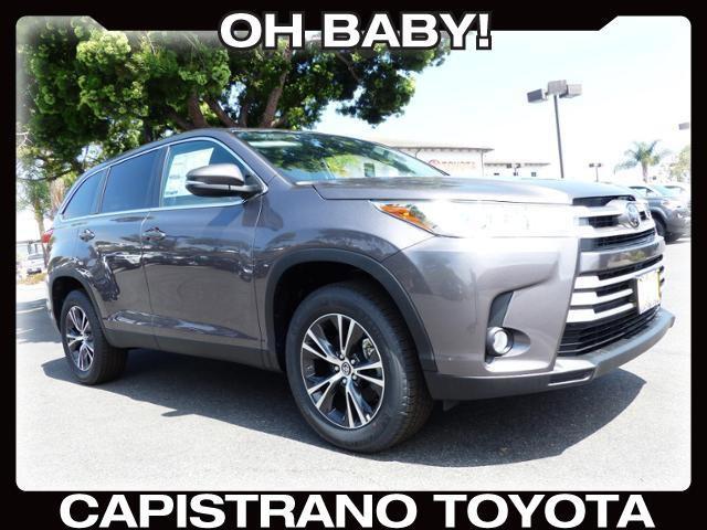 New 2019 Toyota Highlander in San Juan Capistrano, CA