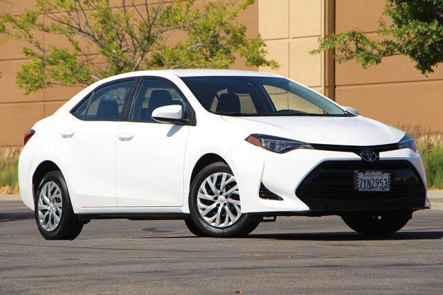 2018 Toyota Corolla LE 34