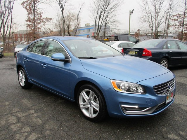 2014 Volvo S60 T5 POWER BLUE METALLIC HEATED FRONT SEATS Turbocharged Front Wheel Drive Power S