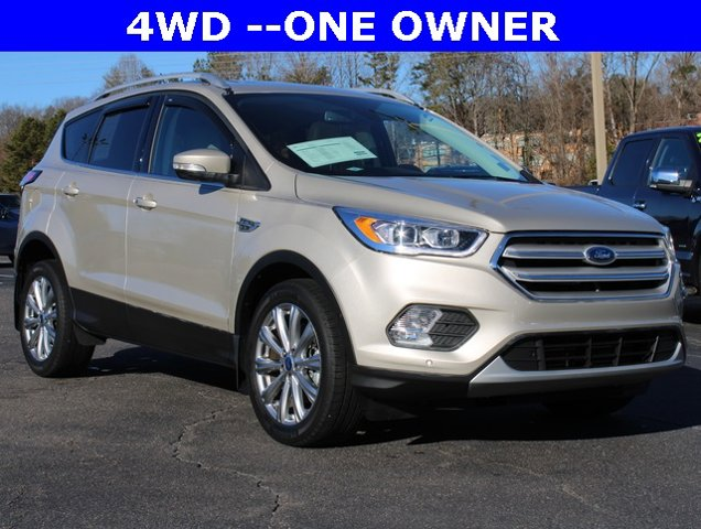 White Platinum Metallic Tri-Coat 2018 Ford Escape TITANIUM SUV Winston-Salem NC