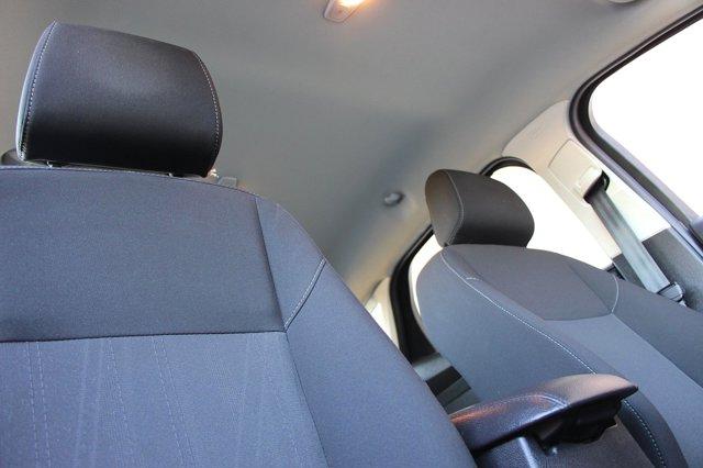 2018 Ford Focus SE 16