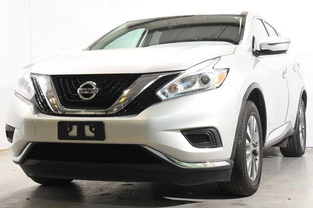 2016 Nissan Murano S Cloth interiorLike New exterior conditionLike New interior conditionLike Ne