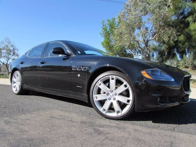 2012 Maserati Quattroporte S LockingLimited Slip Differential Rear Wheel Drive Active Suspension