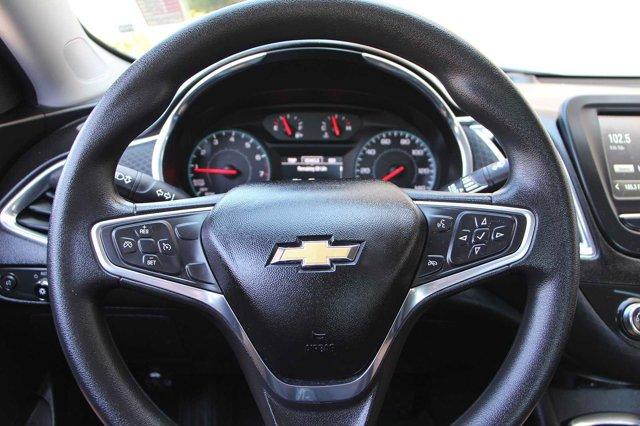 2018 Chevrolet Malibu LT 25