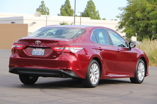 2018 Toyota Camry LE 4