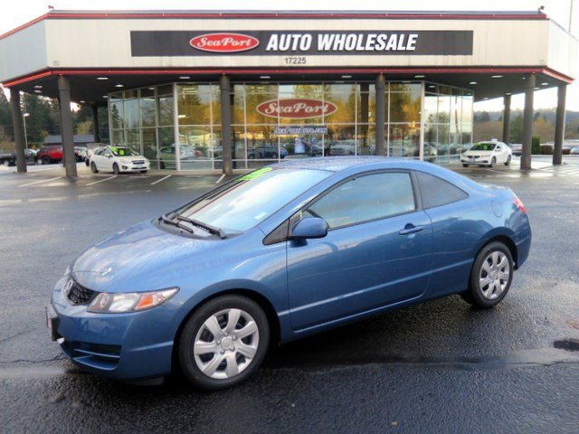 2010 Honda Civic LX Front Wheel Drive Power Steering Front DiscRear Drum Brakes Wheel Covers S