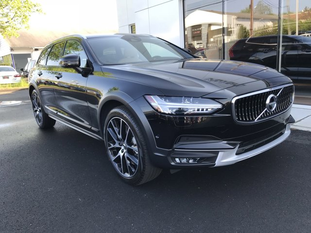 2018 Volvo V90 Cross Country 5DR T6 WGN AWD 23937 miles VIN YV4A22NL4J1020547 Stock  18906523