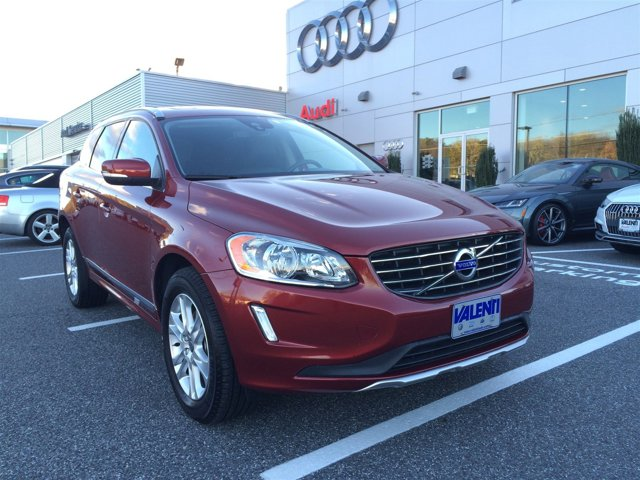 2015 Volvo XC60 T5 Premier HEATED FRONT SEATS Turbocharged All Wheel Drive Power Steering ABS