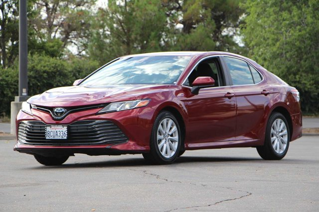 2018 Toyota Camry LE 8