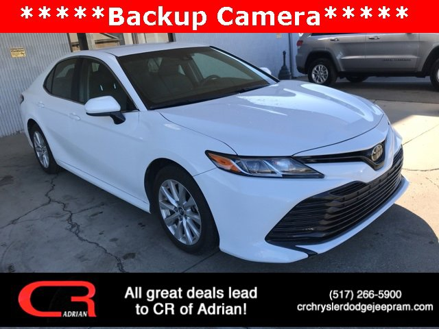 2018 Toyota Camry LE White