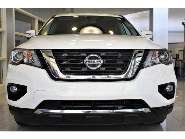 2019 Nissan Pathfinder SL Glacier White