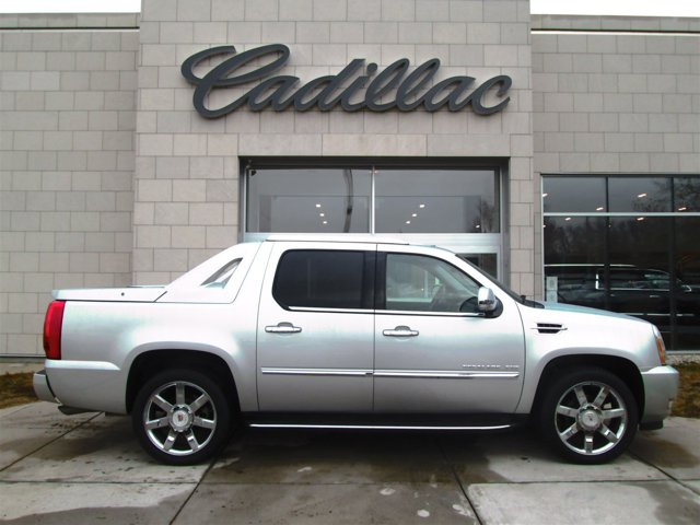 2011 Cadillac Escalade EXT Luxury Active Suspension All Wheel Drive LockingLimited Slip Differen