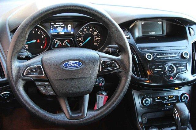 2018 Ford Focus SE 14