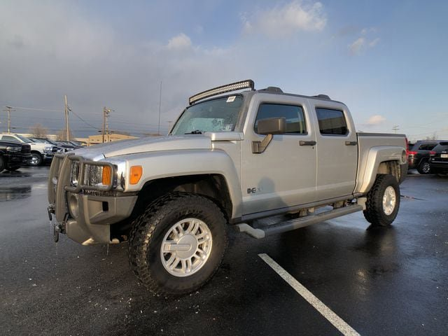 2010 HUMMER H3T Luxury Silver Stone Metallic