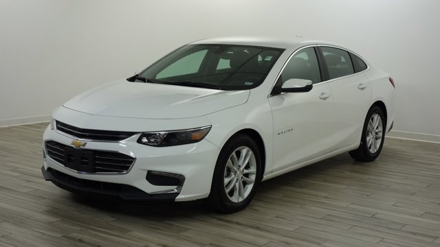 Used 2018 Chevrolet Malibu in Hazelwood, MO