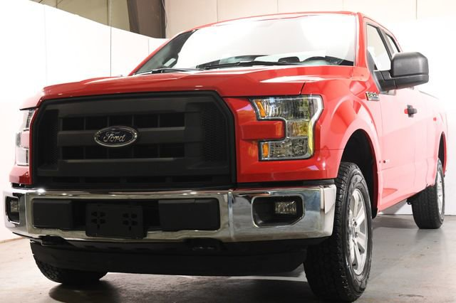 2016 Ford F-150 XL FX-4 Cloth interiorLike New exterior conditionLike New interior conditionLike