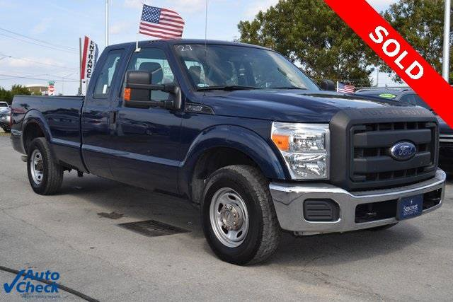 2013 Ford Super Duty F-250 SRW XL Rear Wheel Drive Tow Hitch Tow Hooks Power Steering Tires - F