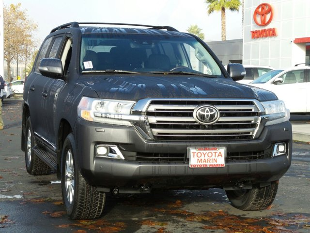 2017 Toyota Land Cruiser MAGNETIC GREYBlack V8 57 L Automatic 5 miles Our best prices instant