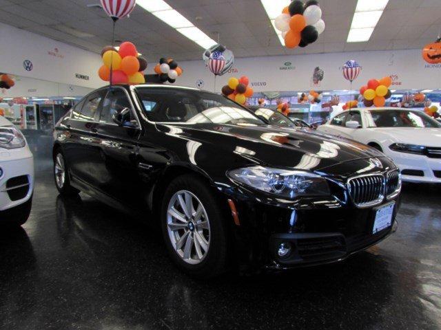 2015 BMW 5 Series 528i xDrive Black Sapphire MetallicBlack V4 20 L Automatic 31523 miles  Leat