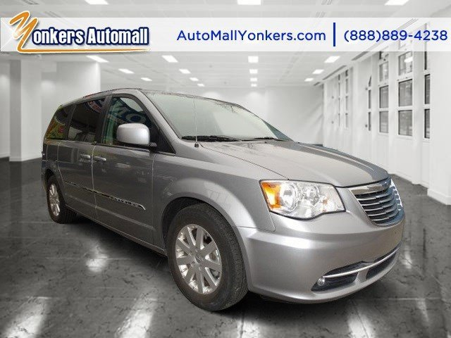 2014 Chrysler Town  Country Touring Billet Silver Metallic ClearcoatBlackLight Graystone V6 3