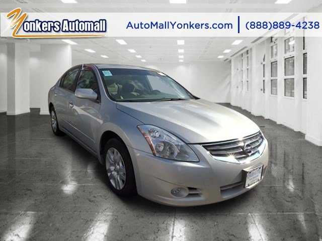 2012 Nissan Altima 25 S Brilliant Silver MetallicGray V4 25L Automatic 35883 miles  Keyless S