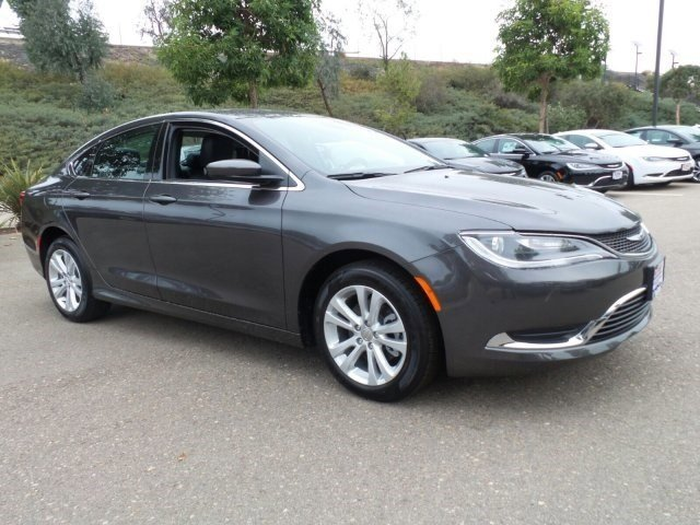 2017 CHRYSLER 200 LIMITED Limited Granite CrystalLEATHER TRIMMED V4 0 Automatic 10 miles The a