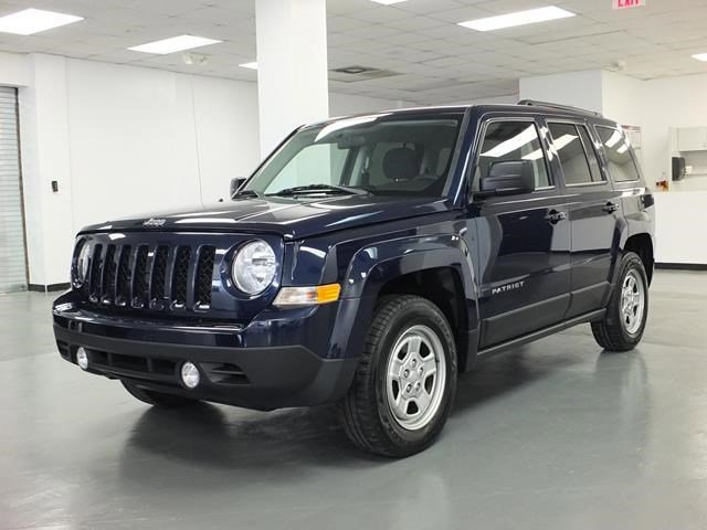 2015 Jeep Patriot Blue V4 20 L Automatic 40180 miles KBBcom 5-Year Cost to Own Awards This