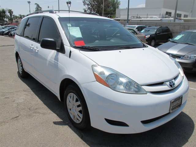 2006 Toyota Sienna CE White V6 33L Automatic 144177 miles Deal PendingChoose from our wide