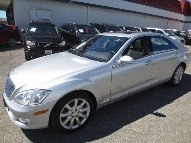 2008 Mercedes S-Class S550 4MATIC Iridium Silver MetallicGray V8 55L Automatic 64436 miles LOW