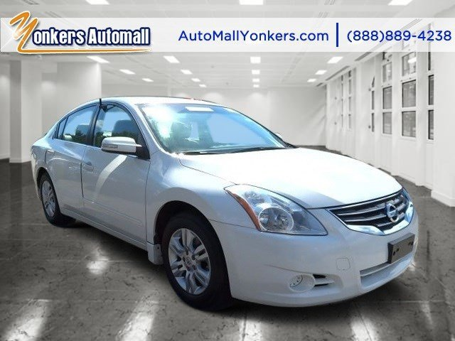 2012 Nissan Altima 25 SL Winter Frost PearlCharcoal V4 25L Variable 46064 miles Lavishly lux