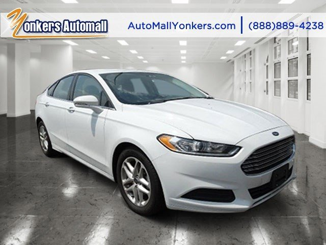 2014 Ford Fusion SE Oxford WhiteEbony V4 25 L Automatic 16984 miles 1 owner clean carfax 20