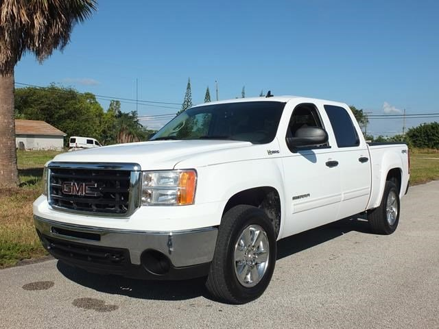 2010 GMC Sierra 1500 Hybrid Summit White V8 60L Automatic 81460 miles From work to weekends