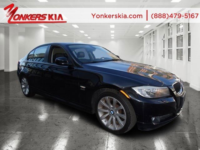 2011 BMW 3 Series 328i xDrive Jet BlackBlack V6 30L Automatic 49608 miles Clean carfax 2011