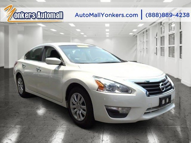 2013 Nissan Altima 25 Pearl WhiteCharcoal V4 25L Automatic 58899 miles Yonkers Auto Mall is